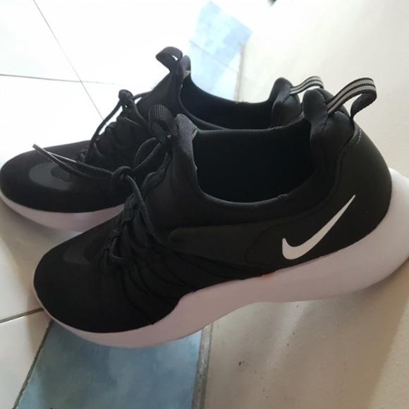 d4933a07d8eb Mens Nike Darwin Shoe